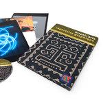 Graphic'arts répertoire graphique entouré de son CD complément numérique et de fiches d'images et d'œuvres.